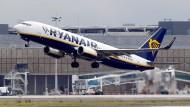 Ryanair zahlt seinen Piloten deutlich weniger als andere Fluggesellschaften.