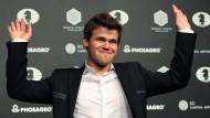 Am Ende ein Lächeln: Magnus Carlsen nach gewonnenem WM-Finale in New York.