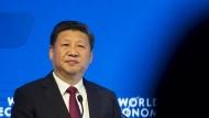 Chinas Staatschef Xi Jinping verteidigte beim Weltwirtschaftsforum in Davos den Freihandel.