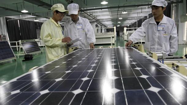EU wirft China Trickserei bei Solar-Exporten vor