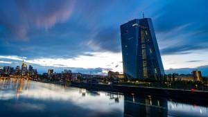 Verfassungsgericht legt Streit um EZB-Anleihekaufprogramm bei