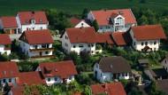 Eine Neubausiedlung am Stadtrand von Heldburg