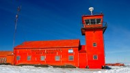 Das Hotel in der Antarktis: Unsere Bilder zeigen, worauf sich Touristen auf der Station Marambio gefasst machen müssen.