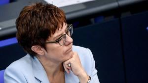 CDU: Viel Geld – FDP: Unausgegoren – Greenpeace: Bestenfalls blassgrün
