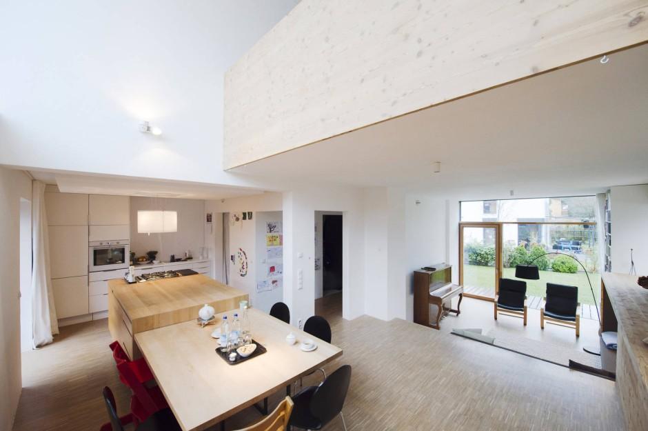 bildergalerie neue h user abrisskandidat wird vorzeigehaus bild 6 von 8 faz. Black Bedroom Furniture Sets. Home Design Ideas