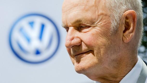 Piëch verkauft Porsche-Aktien für fast eine Milliarde