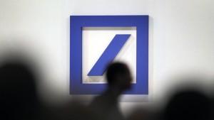 Bafin schont Deutsche Bank wohl in Russland-Affäre