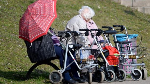 Vor allem im Osten bekommen die Rentner mehr Geld