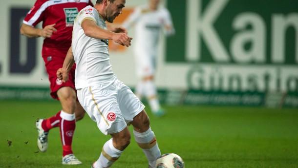 Hoffer schießt Düsseldorf zum Sieg in Kaiserslautern