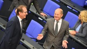 Dobrindt und Scholz lehnen Rente ab 68 ab