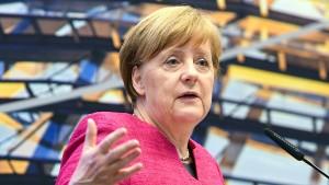 Merkel kassiert Deutschlands Elektroauto-Ziel