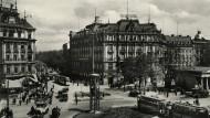 Der Potsdamer Platz in Berlin um 1925.
