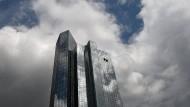 Die Türme der Deutschen Bank in Frankfurt