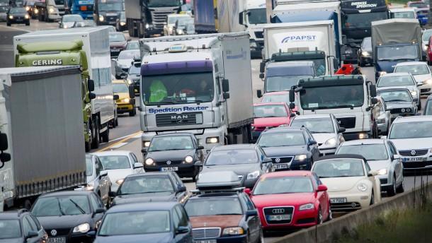 """Umweltbundesamt ruft Bürger zum """"Autofasten"""" auf"""