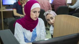 Programmierkurse für 10.000 Flüchtlinge