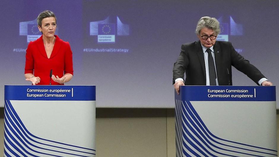 EU-Vize Margrethe Vestager und Binnenmarkt-Kommissar Breton haben heute die neue Industriestrategie vorgestellt.