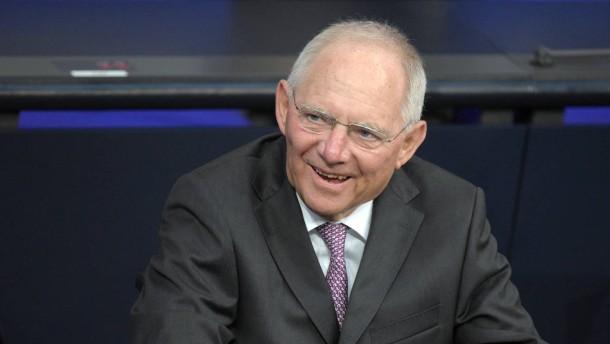 Schäuble fordert späteren Rentenbeginn