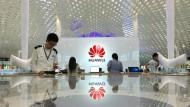 Vor fünf Jahren kannte Huawei außerhalb Chinas so gut wie niemand. Heute ist der Konzern der drittgrößte Handy-Hersteller.