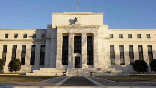 Entscheidung der US-Notenbank rueckt in Blickpunkt der Anleger