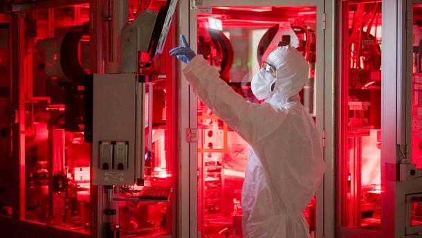 VW investiert weiter in Batteriezellfabrik in Salzgitter
