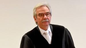Was passiert, wenn der Richter ohne Publikum verhandelt?