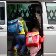 Hoch umstritten: Sollten Kinder in Coronazeiten mit dem Auto zur Schule chauffiert werden?