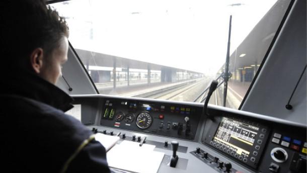 Lokführer drohen mit Streiks