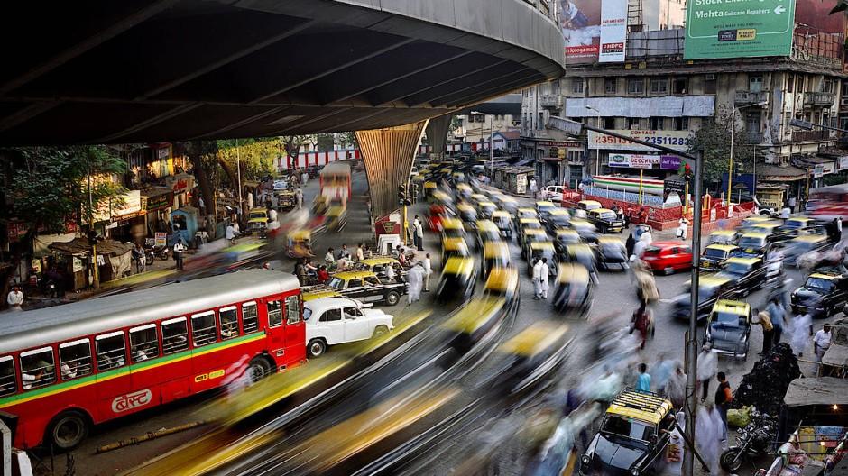 Dynamisches Chaos in Indiens Wirtschafts- und Finanzmetropole Bombay (Mumbai).