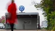 VW bereitet Belegschaft auf Einschnitte vor