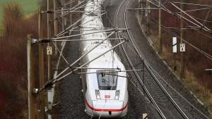 Scheuer: Bahn soll mehr für Klimaschutz tun