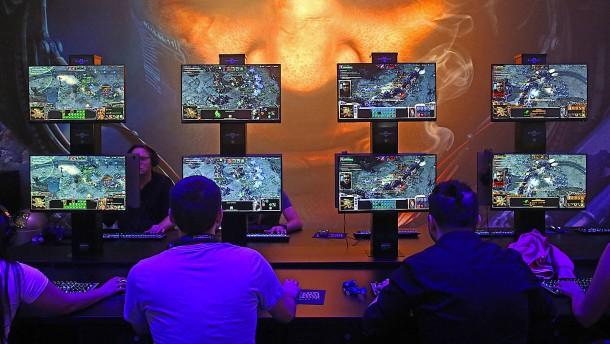 Deepmind schlägt jetzt auch professionelle Computerspieler