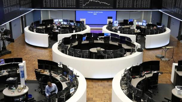 Sorge vor geldpolitischer Straffung in Amerika lässt Aktienkurse fallen