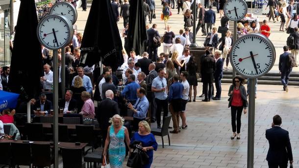 Britische Arbeitslosigkeit fällt auf 5 Prozent