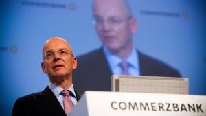 Commerzbank-Chef fordert Senkung von Bankergehältern
