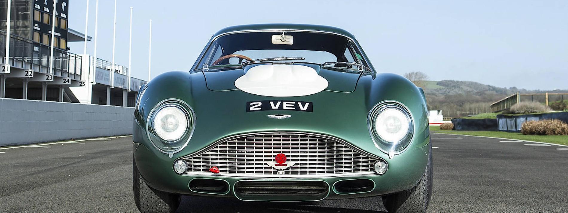 Aston Martin Hat Keine Zeit Zu Sterben Und Wird Von Mercedes Gerettet