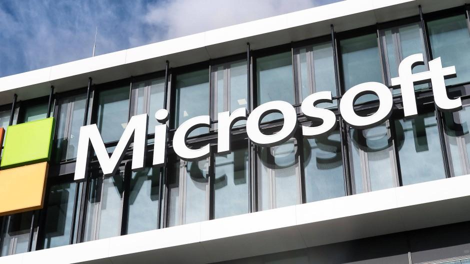 Microsoft kämpft mit seinem Cloud-Angebot Azure ebenfalls um Marktanteile.
