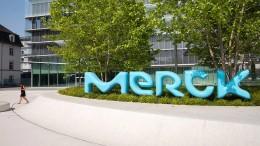 Merck hebt Prognose für Umsatz und Gewinn an