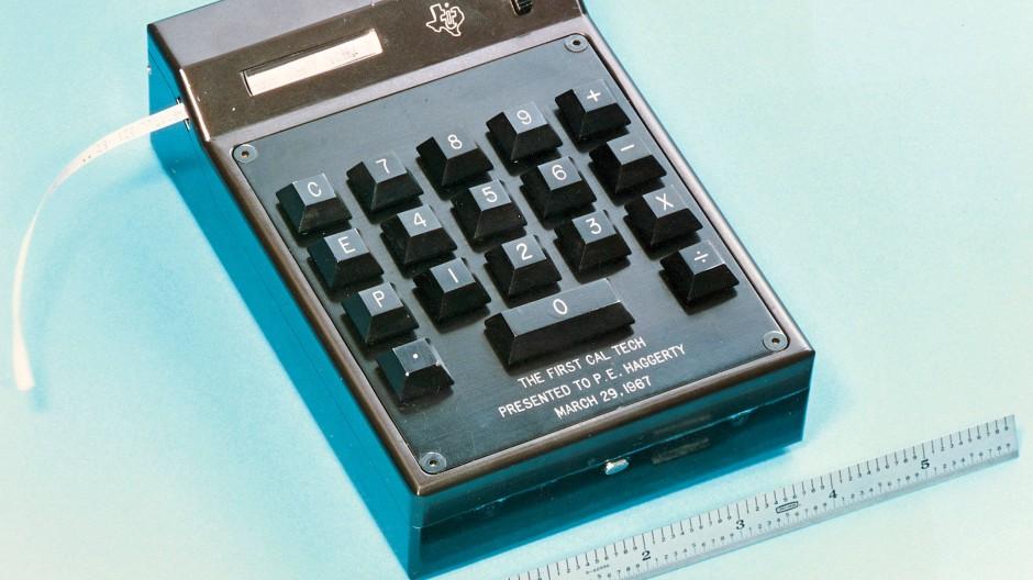 So sieht der erste elektronische Taschenrechner der Welt aus: der Caltech aus dem Jahr 1967.