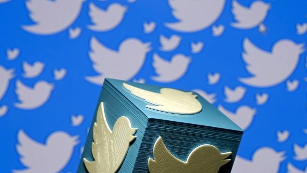 Virologen beschweren sich über Facebook, Twitter und Google