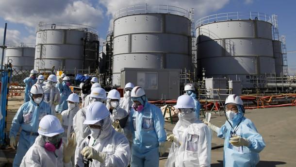 Atomkonzern Tepco darf Boden einfrieren