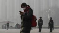 Smog auf dem Tiananmen-Platz in Peking