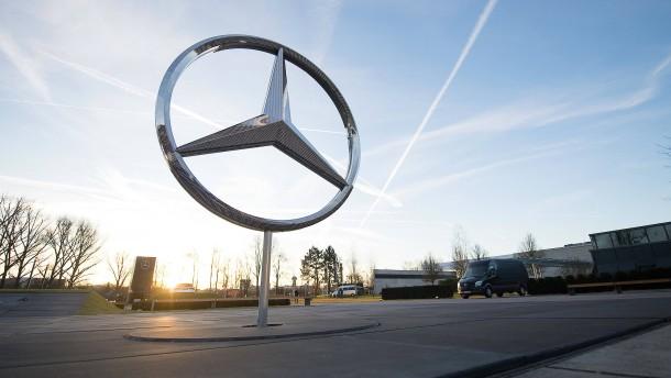 Daimler-Mitarbeiter bekommen Tausende Euro Prämie