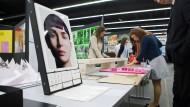 Werbeprodukte können ganz schön kreativ sein - aber sind die Köpfe dahinter auch gut bezahlt?