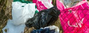 Plastiktüten sind praktisch, verschmutzen aber auch die Umwelt.
