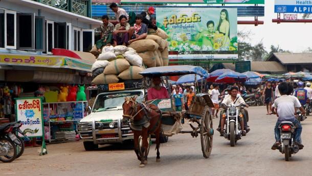 Viel Geld für Burma - nur wofür?
