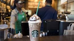 Auch Starbucks verbannt Plastikstrohhalme