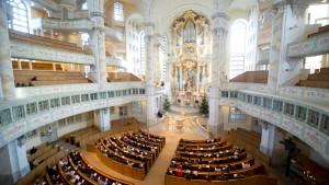Die Kirchensteuer schadet den Kirchen