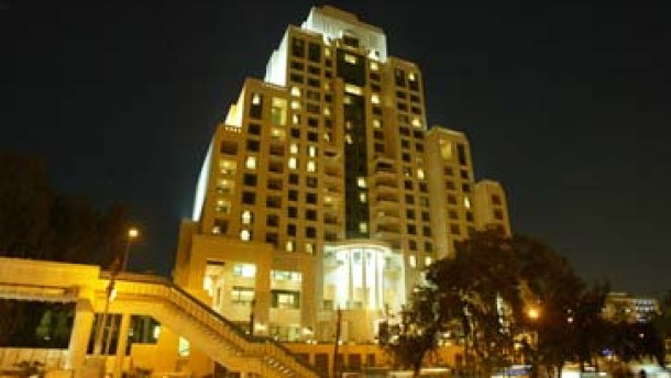 Gates und Prinz Alwaleed greifen nach Hotelkette Four Seasons