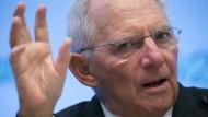 """""""Wenn alles gut geht können wir im Dezember ja oder nein sagen"""", sagt Wolfgang Schäuble zur Einführung einer Finanztransaktionssteuer."""