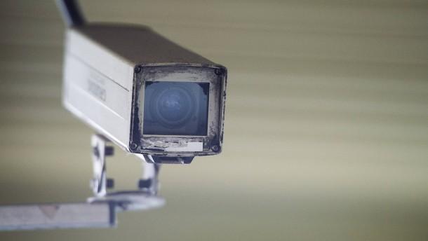 Arbeitgeber dürfen Videobeweis im Fall von Diebstahl einsetzen